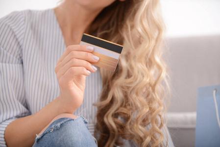 一万怎么还3万信用卡账单是怎么回事?代还3万信用卡只需要200元!