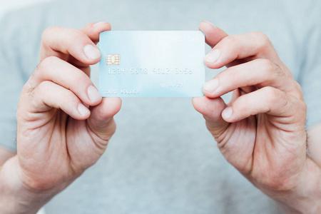 哪里可以帮还信用卡?没人能帮你!但这款软件可以代还