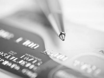 三张信用卡来回倒5万以卡养卡?两张信用卡怎么互相还款?