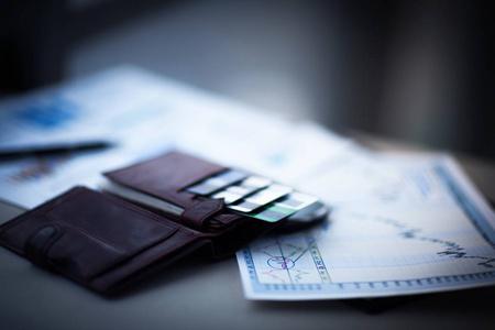 没pos机怎么刷卡?手机安装代替pos机的app就可以了